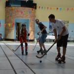 Démonstration Rink Hockey avec animateurs et enfants de la section Loisir Rink (8-13 ans)